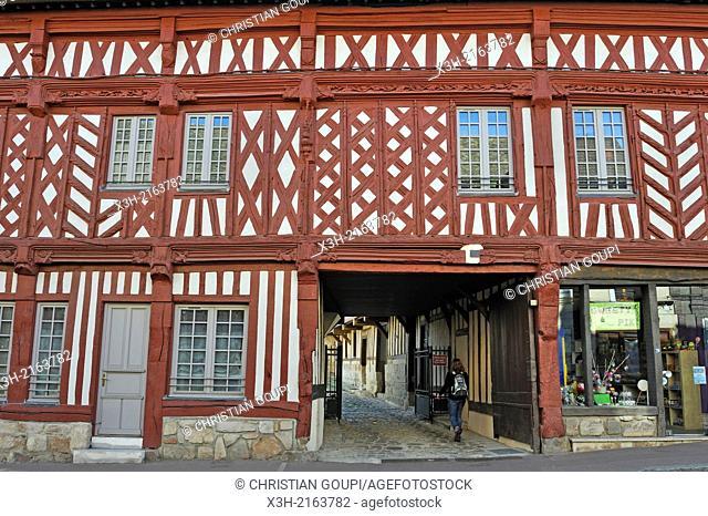 former inn of Ecu de France, Houdan, Yvelines department, Ile-de-France region, France, Europe
