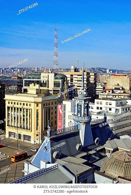 Chile, Valparaiso, View of the Plaza Sotomayor with the Comandancia de la Armada building