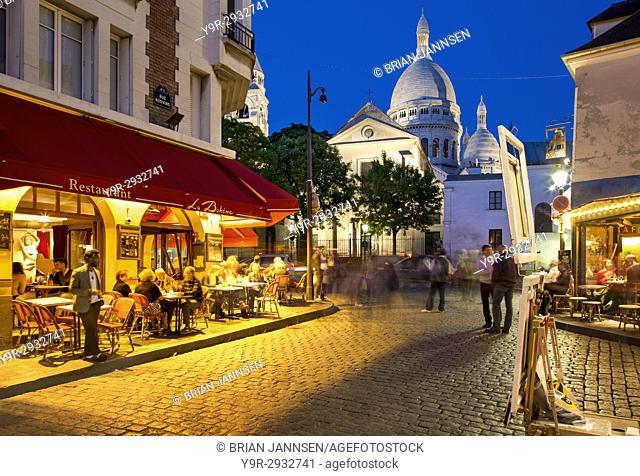 Evening at Place du Tertre in village of Montmartre, Paris, Ile-de-France, France
