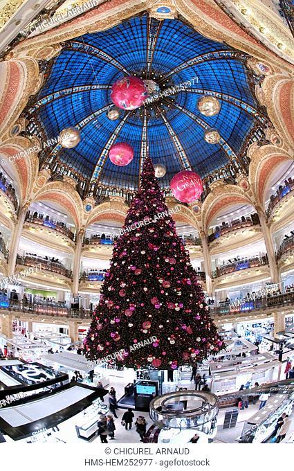 France, Paris, boulevard Haussmann, Galeries Lafayette department store and its Christmas tree