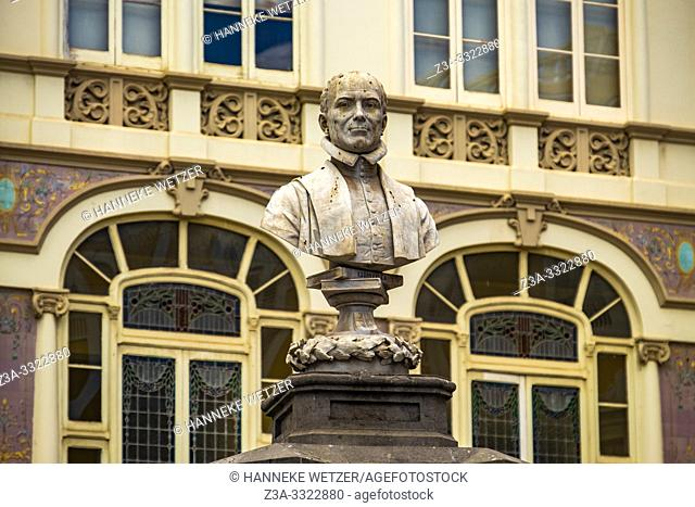 Statue of Caraisco in front of Hotel Madrid in Las Palmas de Gran Canaria, Canary Islands