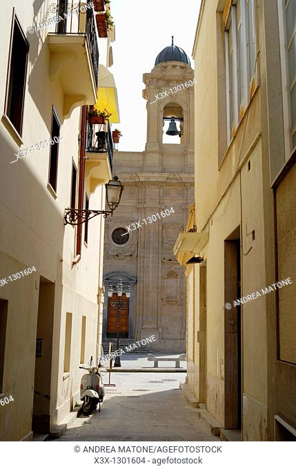 An alley view of the Chiesa Madre Mother Church Marsala Sicily Italy