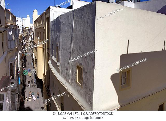 Calle Barrie at Calle Novena, in old Town,Cádiz, Andalusia, Spain