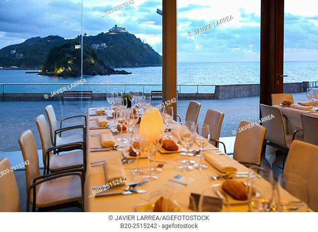 Bokado restaurant, La Concha Bay, Donostia (San Sebastian), Guipuzcoa, Basque Country, Spain