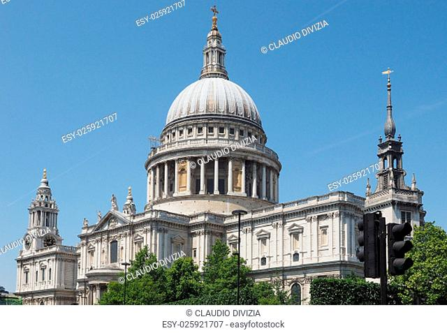 St Paul Cathedral church in London, UK