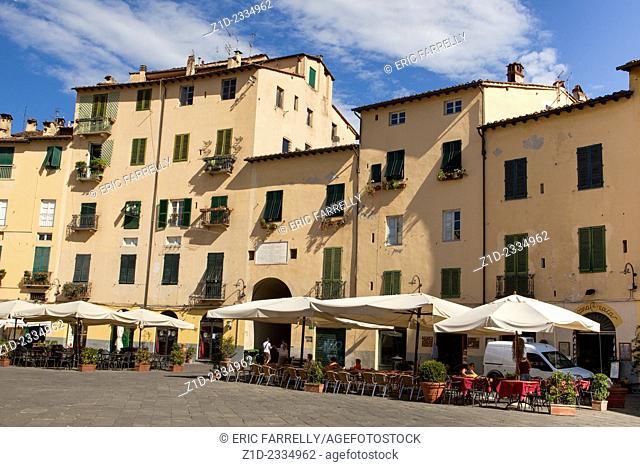 piazza anfiteatro (Amphitheatre square) Lucca Tuscany Italy