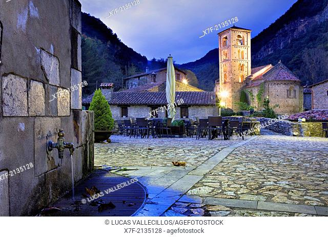 At right Romanesque church of Sant Cristòfol (s. XII), Beget. Garrotxa, Girona, Catalonia, Spain