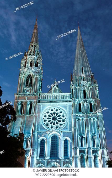 'Chartres en Lumières' spectacle, Chartres, Eure-et-Loir, Centre, France