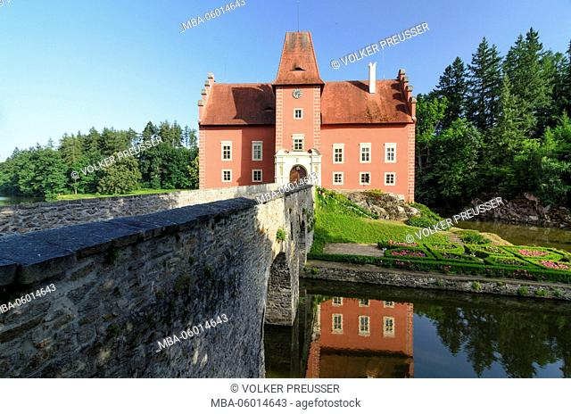 Moated castle cerium vein Lhota (Rothlhotta), Czechia, Jihocesky kraj (South Bohemia region), Pluhuv Zdar (Pluhow)