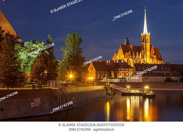 Night falls at Ostrow Tumski in Wroclaw, Poland