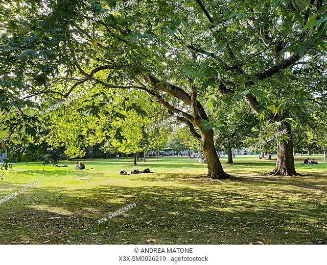 Stephens Green Park in Dublin, Ireland