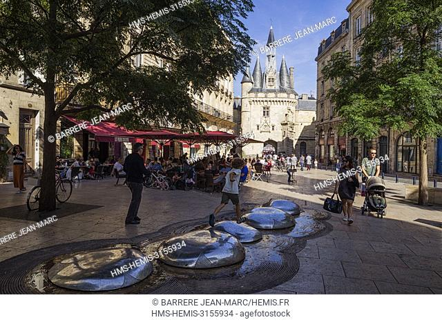 France, Gironde, Bordeaux, area listed as World Heritage by UNESCO, Porte Cailhau and Place du Palais, fountain of the architect Emmanuelle Lesgourgues