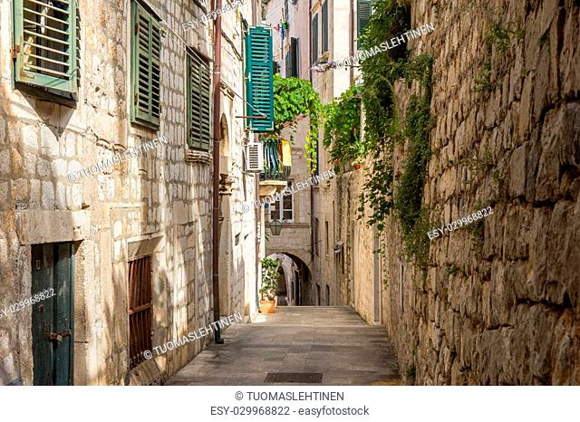 Narrow, empty and idyllic alley at the Old Town in Dubrovnik, Croatia