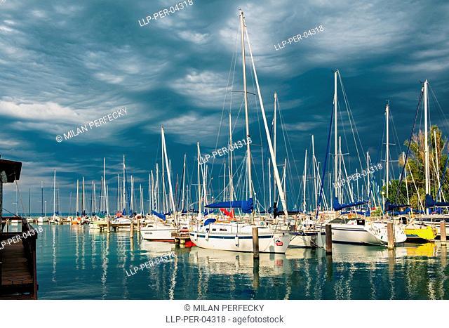 Balaton, port, Hungary