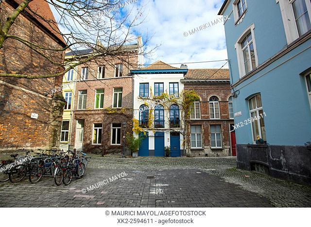 Kaatsspelplein, Patershol, Ghent, Belgium