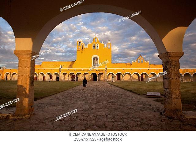 Tourist at the Monastery-Convent Of San Antonio De Padua, Izamal, Yucatan, Yucatan Province, Mexico, Central America