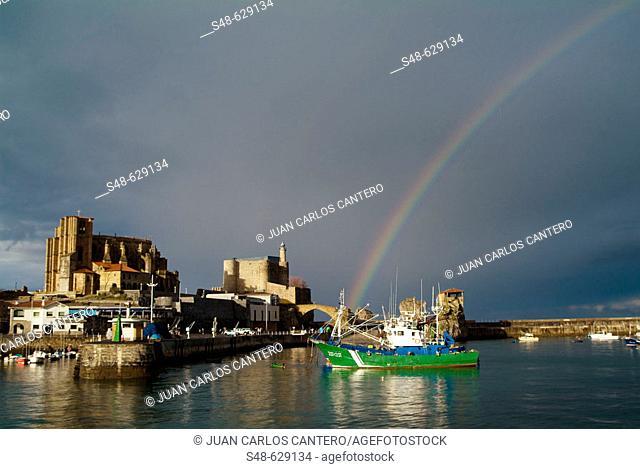 Rainbow. Castro Urdiales. Cantabria. Spain
