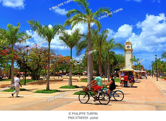 Mexico, Quintana Roo, Cozumel Island. The clock tower on Plaza Punta Langosta in San Miguel de Cozumel