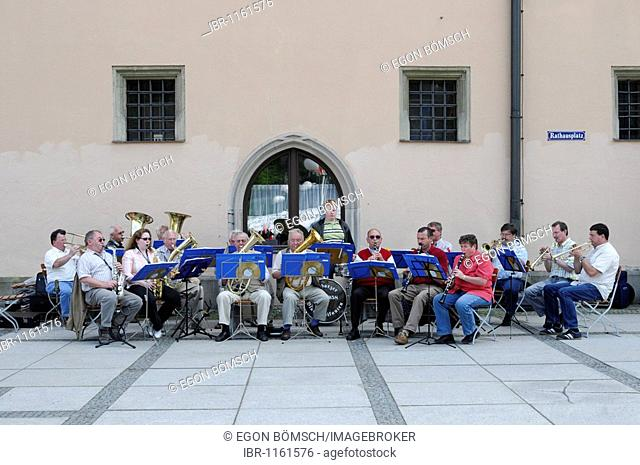 Bavarian band in local costume on the town hall square, Passau, Bavaria, Germany, Europe