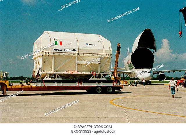 08/05/1999 -- The Multi-Purpose Logistics Module MPLM called Raffaello sits on a transporter waiting for transfer to the Space Station Processing Facility SSPF