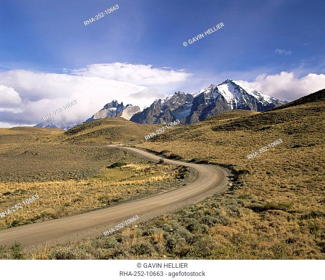 Road leading to Cuernos del Paine mountains, Torres del Paine National Park, Patagonia, Chile, South America