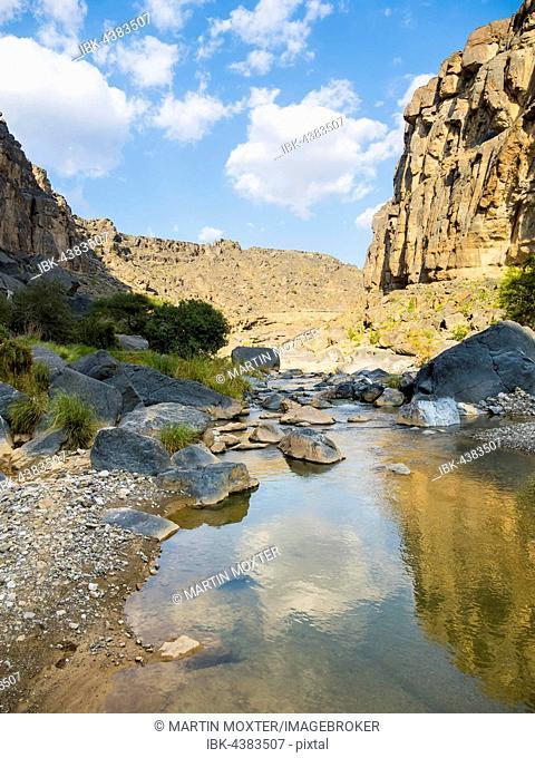 Wadi Dam, Hajar al Gharbi Mountains, Al Dhahirah Region, Arabia, Middle East, Oman