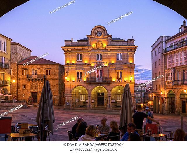 Ayuntamiento y Plaza Mayor de Ourense. Galicia. Spain