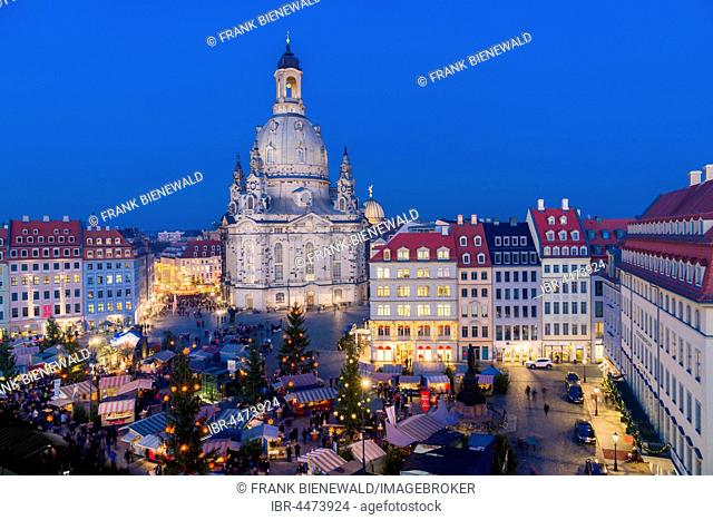 HistoricalRenaissance-style Christmas market at Neumarkt in front of the Church of our Lady, Dresden, Saxony, Germany