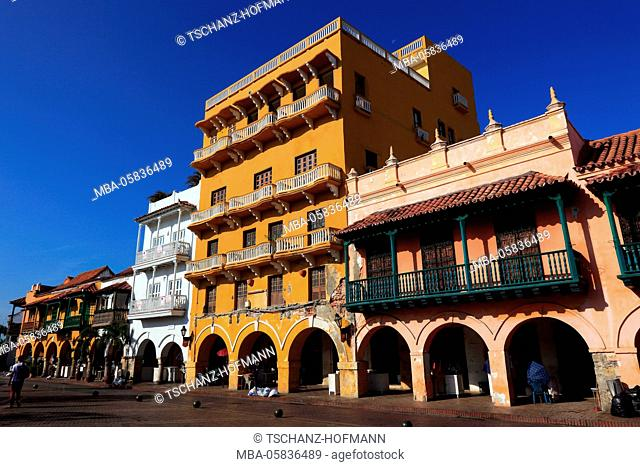 Republic Colombia, Departamento Bolivar, city of Cartagena de Indias, houses in the historical old town
