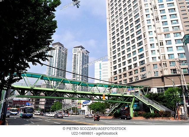 Busan (South Korea): modern condos in Nam-gu neighborhood