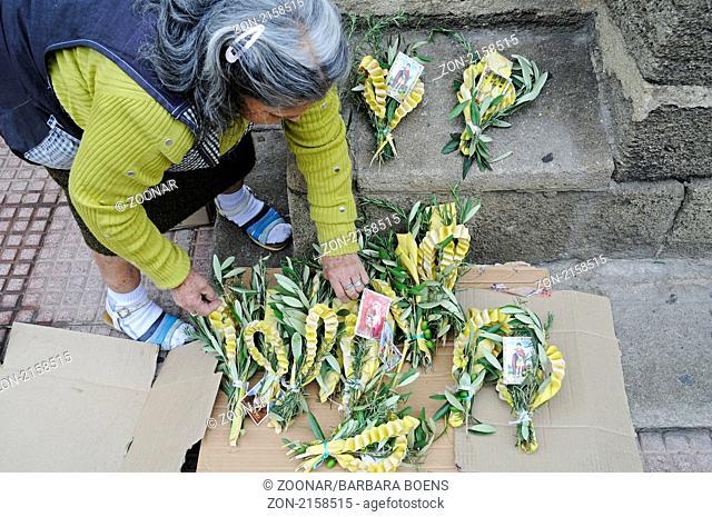 palm leaves, street vending, Palm Sunday, Strassenverkauf, Gestecke, Palmsonntag, La Serena, Norte Chico, northern Chile, Nordchile, Chile, South America