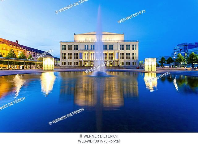 Germany, Saxony, Leipzig, Opera house at dusk