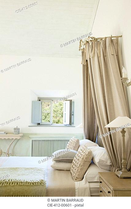 Luxury taupe bedroom