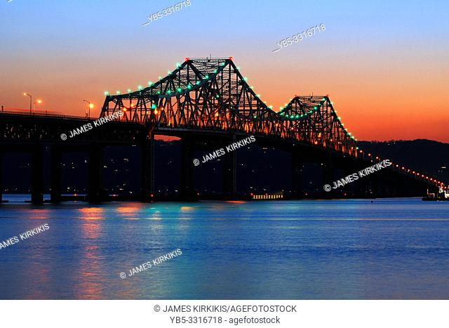 The sun sets on the Old Tappan Zee Bridge