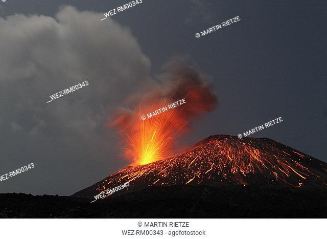Indonesia, Anak Krakatau, Volcanic eruption