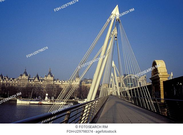 Great Britain, London, England, United Kingdom, Europe, Hungerford Foot Bridge crosses the River Thames