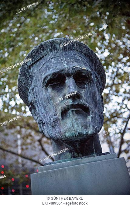 Sculpture of Johannes Gutenberg, the inventor of book printing, Mainz, capital of Rhineland-Palatinate, Germany