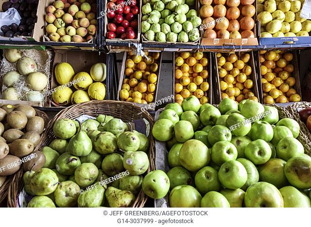 Argentina, Buenos Aires, Verduleria de las Luces, greengrocer, produce market, fruit crates, pears, apples, oranges, kiwi, shopping, display sale, Hispanic