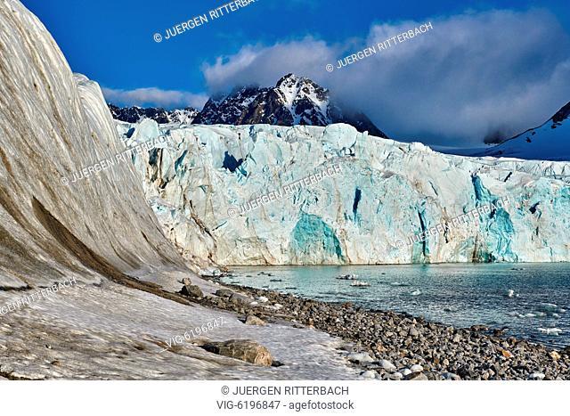 glacier Gullybreen, landscape of Magdalenefjorden, Svalbard or Spitsbergen, Europe - , Svalbard, 21/06/2018