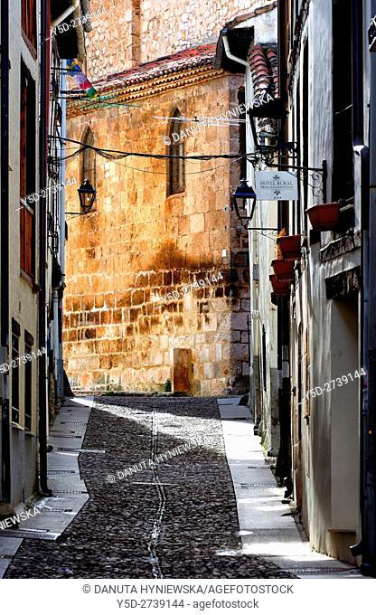 architecture of old town of Covarrubias, Santo Tomas church in the background, Ruta del Cid, Burgos province, Castilla-León, Castile and León, Castilla y Leon