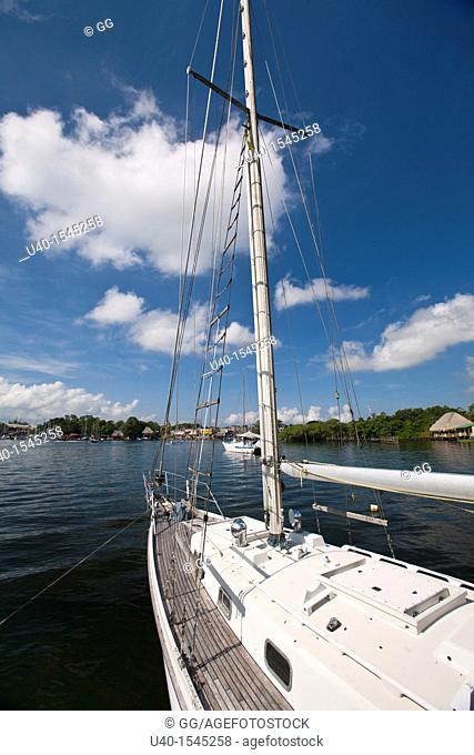 Guatemala, Rio Dulce, sail boat