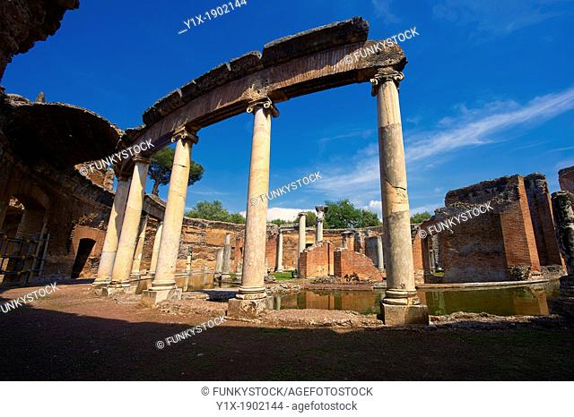 Hadrian's Villa  Villa Adriana  2nd century AD - The Maritime Theatre  Teatro Marittimo , so called because of its shape and marine architectural decorations...
