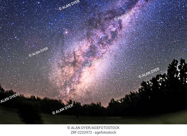 The centre of the Galaxy area in Sagittarius and Scorpius rising in the east, from Australia, on March 30/31, 2014. All of Scorpius is visible as well as Norma