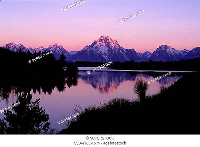 USA, WYOMING, GRAND TETON NATIONAL PARK, TETON RANGE, SNAKE RIVER, OXBOW BEND, MOUNT MORAN