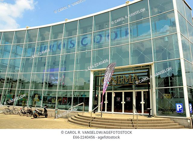 This cinema has reopened in July 2014 under new management (the Belgian company Euroscoop). It is one of the largest cinemas in the Netherlands