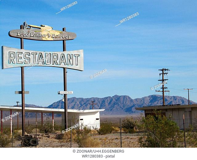ruins of a restaurant on route 66