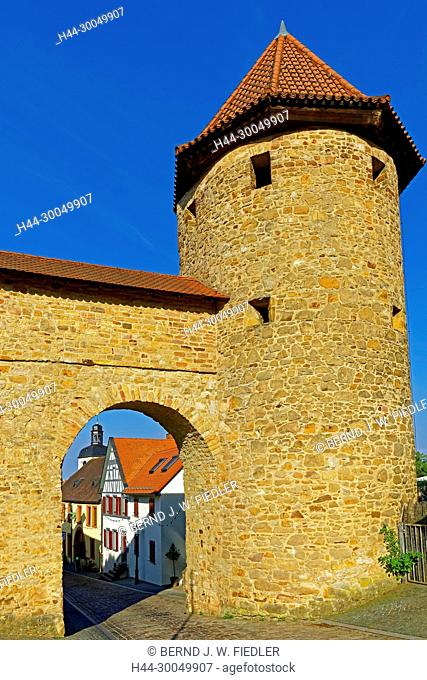 Town gate, town wall, in 1366 - in 1388, red tower. 14th century, Kirchheimbolanden Germany