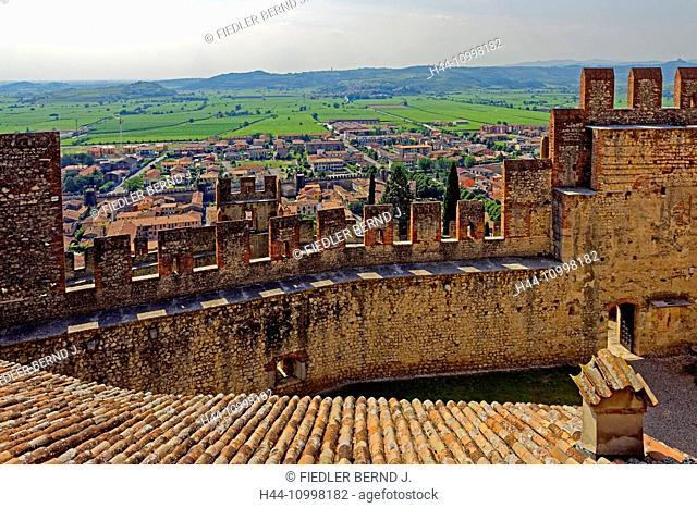 Scalierburg, Castello Medievale, vineyards, town, Soave