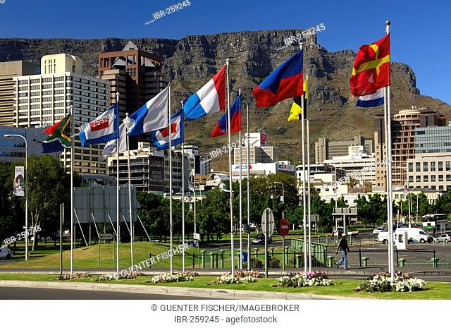 City centre and table mountain, Cape Town, South Africa