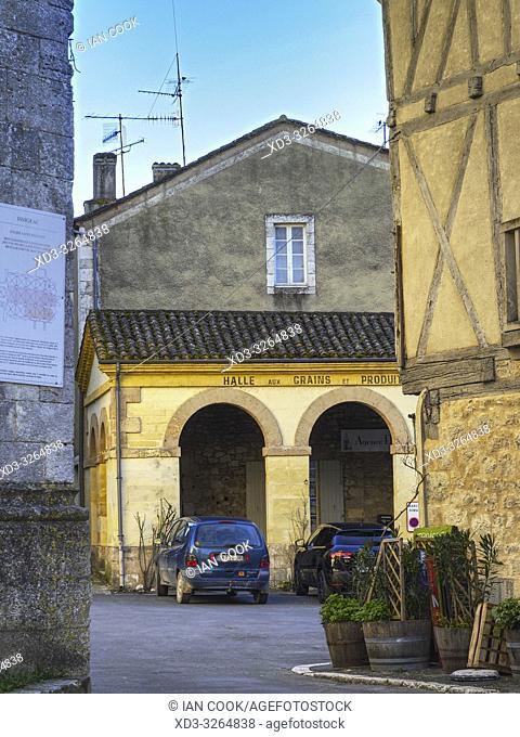 old market halle, Issigeac, Dordogne Department, Nouvelle Aquitaine, France